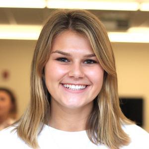 Headshot of Jillian Waslawski