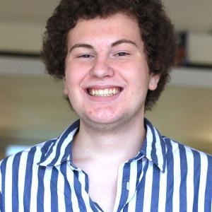 Headshot of Scott Lyons