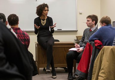 Sage Steele visited two classes Monday, including adjunct lecturer Terry Hutchens' sportswriting class. She also had breakfast and lunch with groups of students. (Chris Meyer | The Media School)