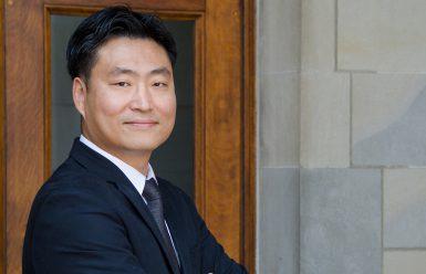 Sung-Un Yang
