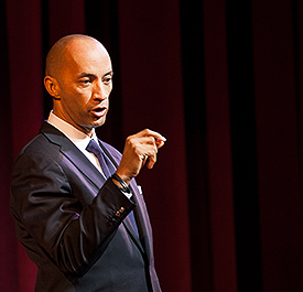 Byron Pitts of CBS Evening News and 60 Minutes drew from his own life as he talked to students, educators and the community at the Buskirk-Chumley Monday evening. His was the last of the Speaker Series talks for the semester. (Photo by Nicholas Demille)