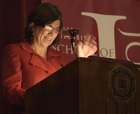 ulitzer Prize-winning writer Anna Quindlen spoke to a capacity crowd on the power of reading at Alumni Hall Wednesday evening. (Photo by Anna Norris)