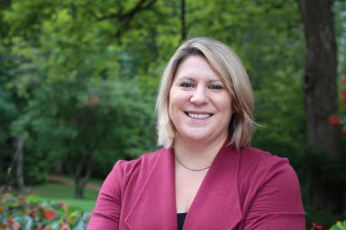 Assistant professor Lauren Smith