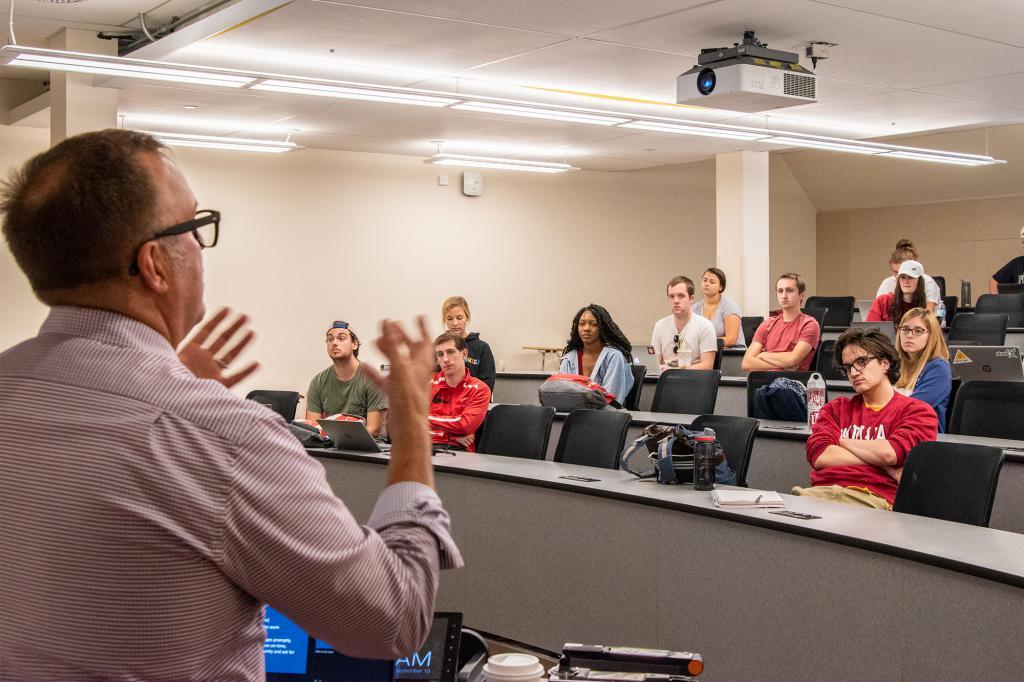 Jay Kincaid teaching a class.