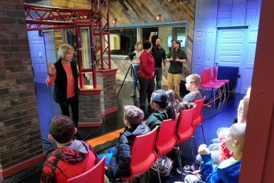 Anne Ryder talks to Stalker Elementary School students in the Beckley Studio.