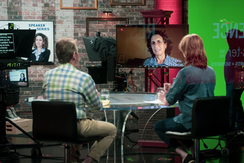 Media School assistant professor Suzannah Evans Comfort and Gabriel Filipelli, executive director of the Environmental Resilience Institute and chancellor's professor of earth sciences at IUPUI, moderate a virtual conversation with Pulitzer Prize-winning journalist Elizabeth Kolbert from the Beckley Studio.